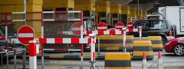 Los conductores que estarían exentos de pagar peaje en las carreteras de España, según la DGT