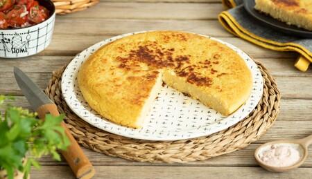 Receta de tortilla vegana: así se hace la tortilla de patatas perfecta sin ingredientes animales