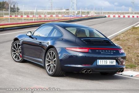 Porsche 911 Carrera 4S trasera