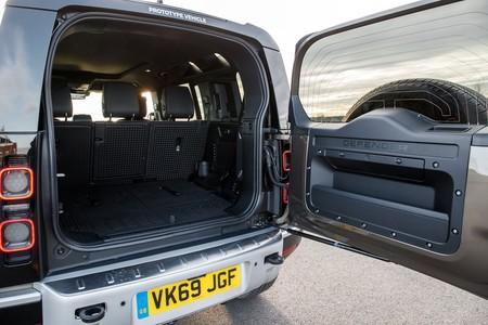 Land Rover Defender 2020 Toma Contacto 048