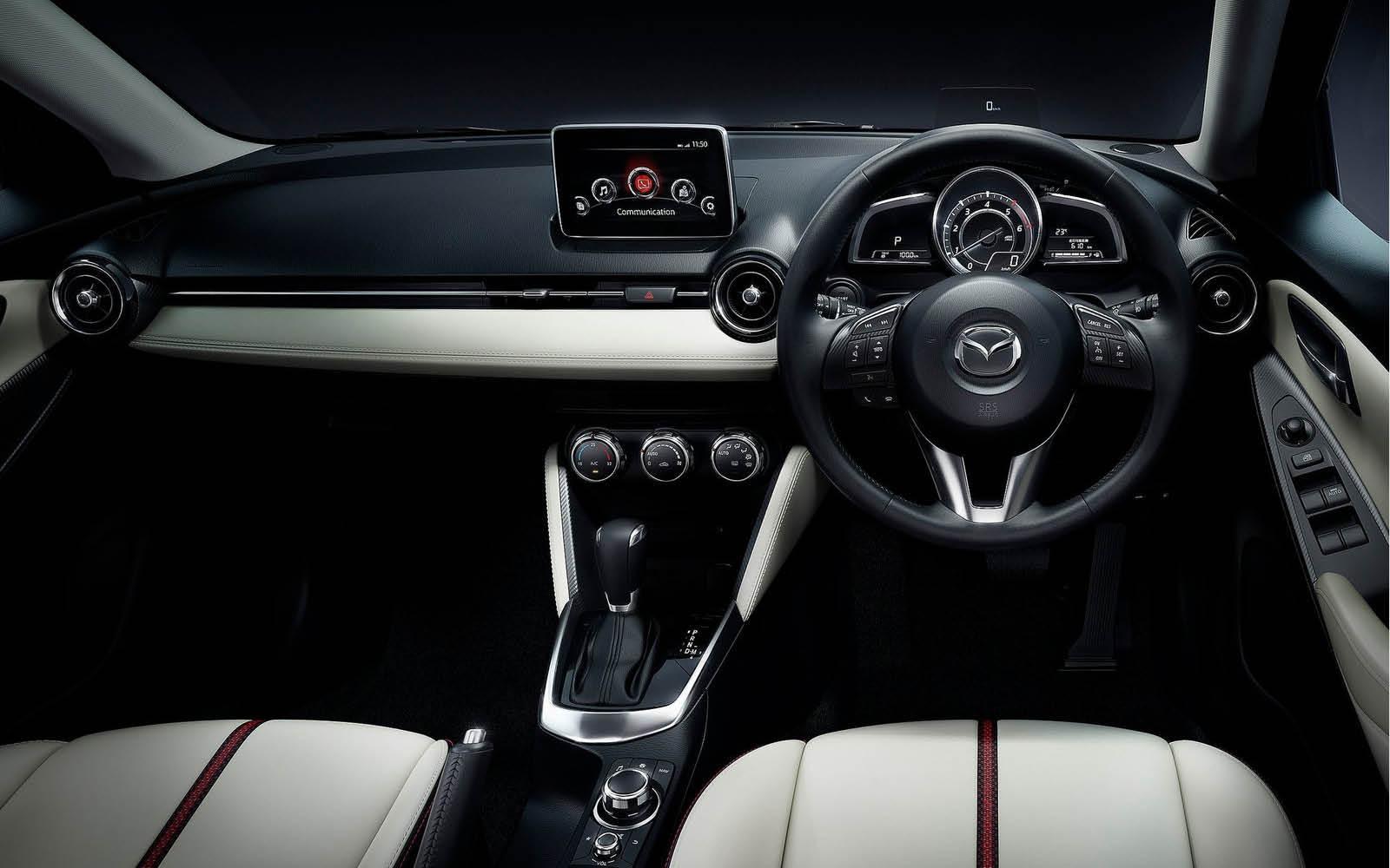 Foto de Mazda 2 2015 (20/24)