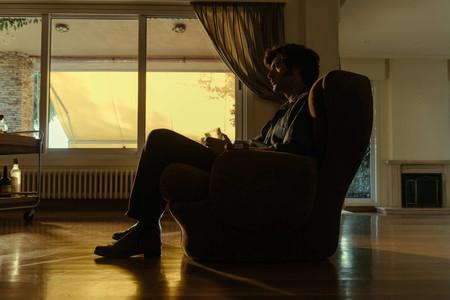 El final de 'Fariña' la confirma como un thriller sobresaliente aunque carece de la ambición de 'Narcos'