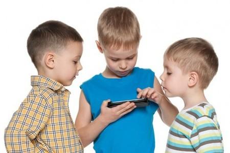 Kidssmartphone1 622x415