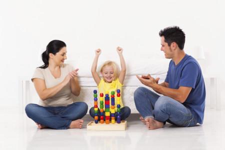 Los elogios pueden perjudicar a los niños: cómo elogiarlos para que sean mejores