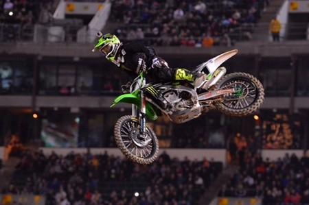 Ryan Villopoto repite triunfo en la cuarta cita de Supercross en Oakland