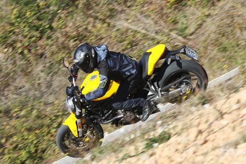 Probamos la Ducati Monster 821, la más equilibrada de la familia y fiel al concepto Monster original