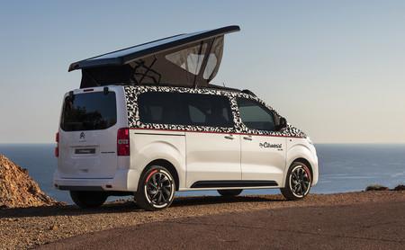 Este prototipo de furgoneta camper se llama The Citroënist y ofrece espacio para dos personas y una bici