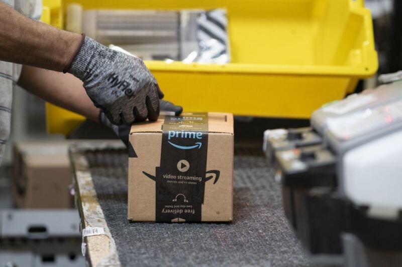 Inspección de Trabajo obliga a Amazon a contratar 4.000 repartidores: un golpe de efecto contra el modelo de 'falsos autónomos'