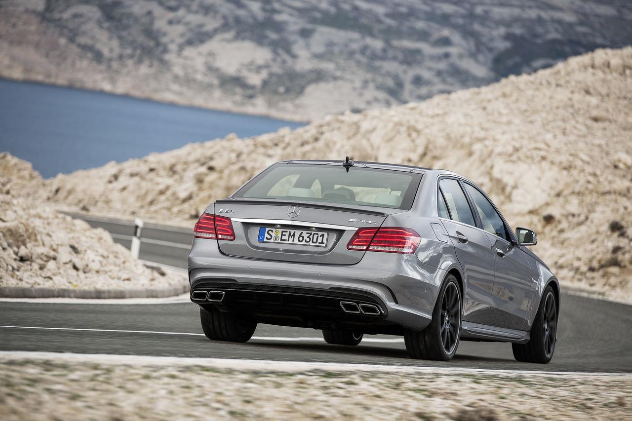 Foto de Mercedes-Benz E 63 AMG 2013 (9/31)
