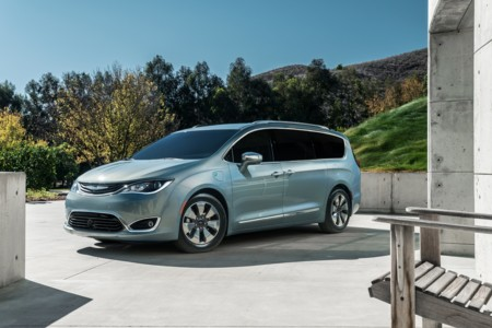 Chrysler Pacifica 2017, la nueva miniván que se situará por arriba de Town & Country