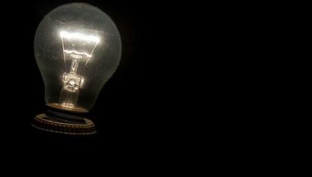 Las eléctricas piden que la luz suba al menos un 5% en 2013