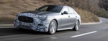 El Mercedes-Benz Clase C de nueva generación está por presentarse, pierde camuflaje y confirma sólo motores de 4 cilindros