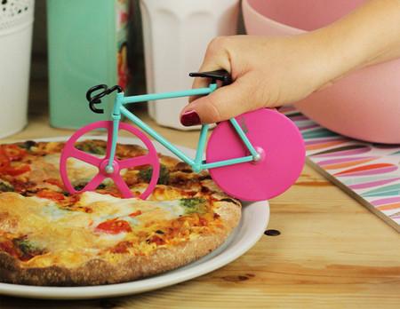 Corta tu pizza con una bicicleta