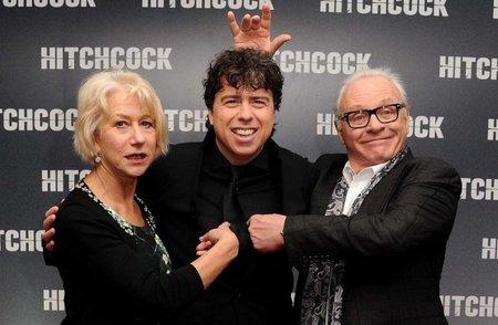 Helen Mirren, Sacha Gervasi y Anthony Hopkins en el estreno de Hitchcock