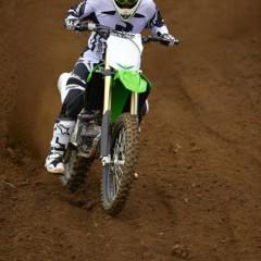 Foto 37 de 42 de la galería nueva-kawasaki-kx450f-2013-de-la-experiencia-del-ama-supercross-y-motocross-a-tu-garaje-accion en Motorpasion Moto