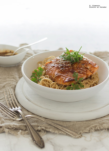 Salmon Al Horno Con Noodles Y Mirin