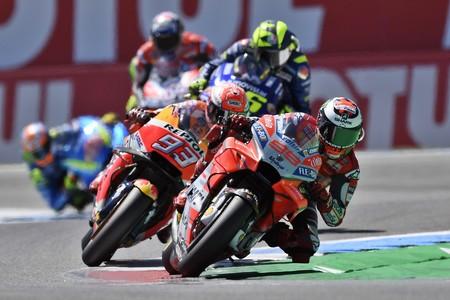 """Jorge Lorenzo: """"Tuve suerte. El golpe de Rossi fue a 200 km/h y pudo haber sido un desastre"""""""