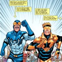 Booster Gold y Blue Beetle, una pareja de superhéroes que también saltarán al cine