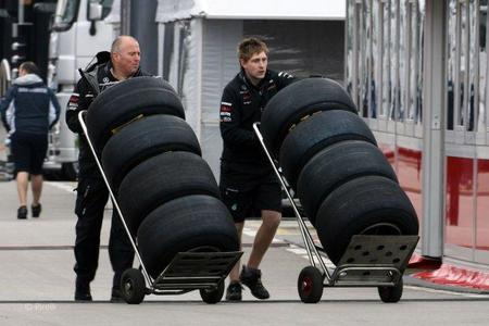 Neumáticos Pirelli pretemporada 2011