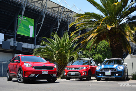 Kia Niro Vs Countryman Vs Vitara