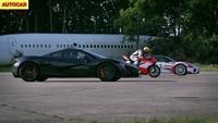 Dragrace: Ducati Superleggera vs Porsche 918 Spider vs McLaren P1