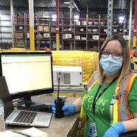 La lucha contra las falsificaciones costó 700 millones de dólares a Amazon en 2020: 10.000 empleados y machine learning para detectar imitaciones