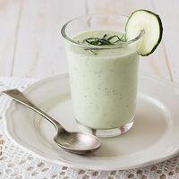 11 sopas y cremas frías saludables, aptas para perder peso con una dieta keto o cetogénica