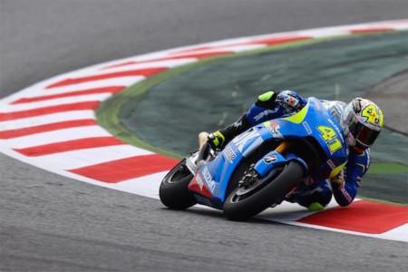 MotoGP Catalunya 2015: los de azul se salen… pero son Aleix Espargaró y Maverick Viñales