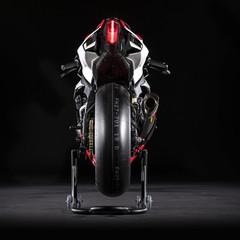 Foto 15 de 19 de la galería yamaha-yzf-r1-gytr-2019 en Motorpasion Moto