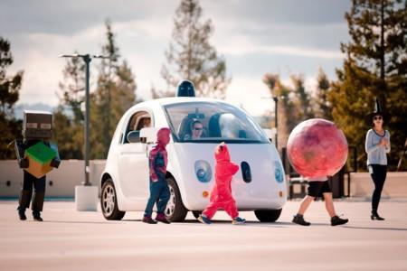 Los coches autónomos de Google detectan si hay niños cerca para conducir con más precaución