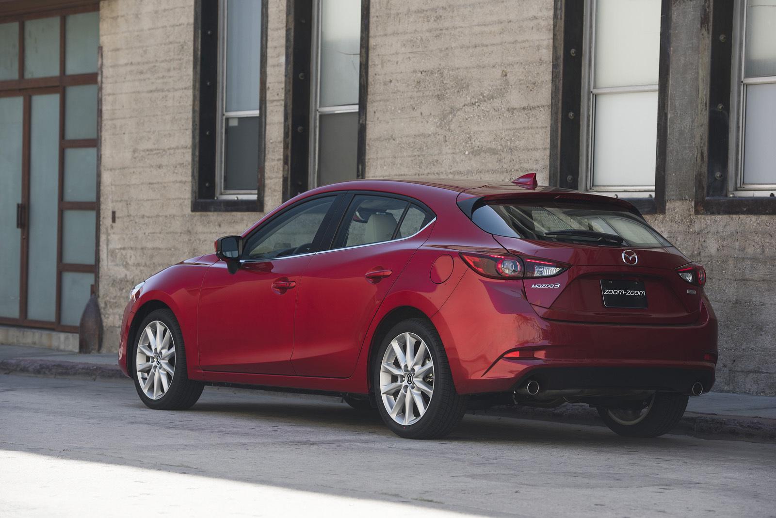 Foto de Mazda3 2017 (15/31)
