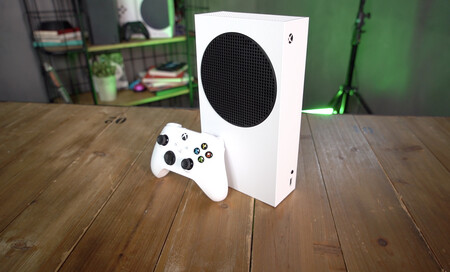 La Xbox Series S vuelve a Amazon: llévatela por 299 euros con 3 meses de Game Pass al 40% de descuento