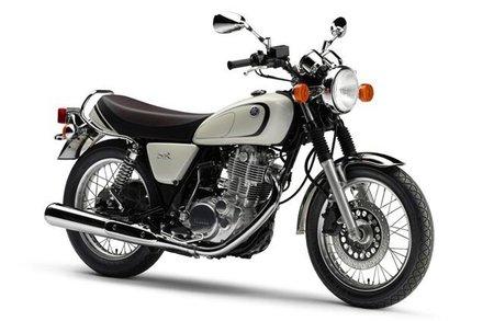 Yamaha SR 400 FI, el modelo clásico de los diapasones que no acaba de llegar