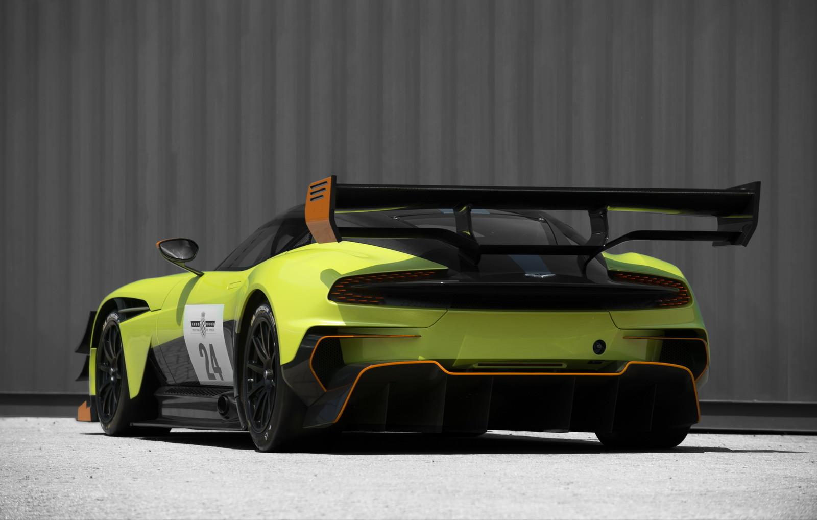 Foto de Aston Martin Vulcan AMR Pro (14/17)