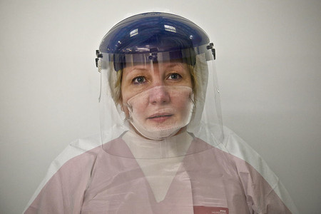 Donna Wood Nurse And Nhs Ebola Volunteer 15652582937 1