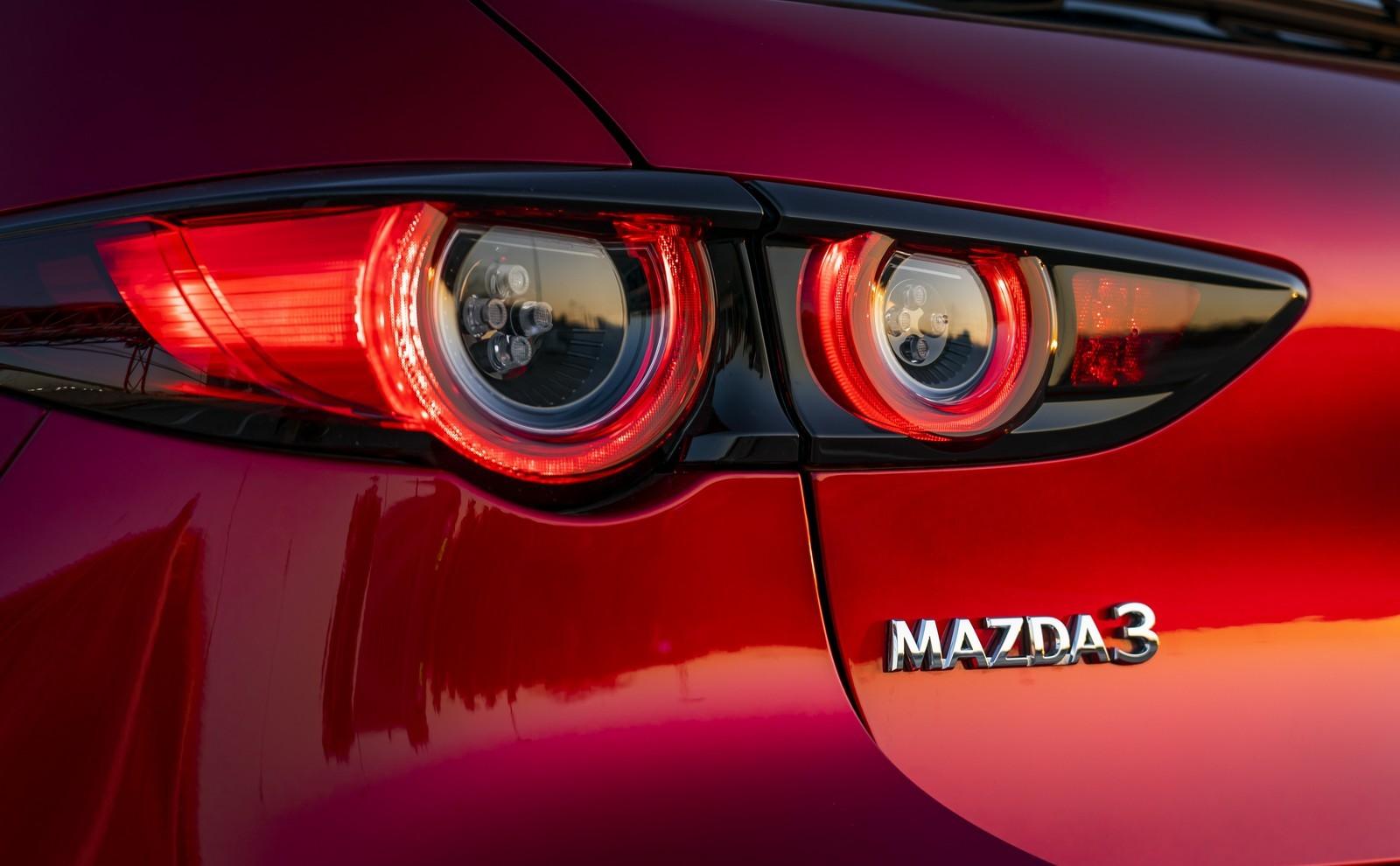 Foto de Mazda3 2019 (85/128)