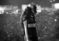 Rihanna, de aquí a poco digi-evolucionas en la dama de hielo