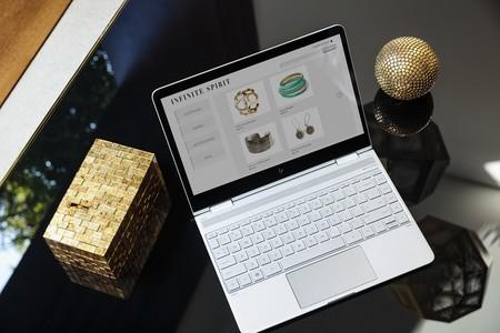 HP renueva su línea de portátiles y presenta un nuevo All-in-One con Windows 10