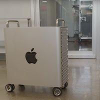 Las ruedas del Mac Pro no tienen un sistema de bloqueo, y eso puede ser un problema