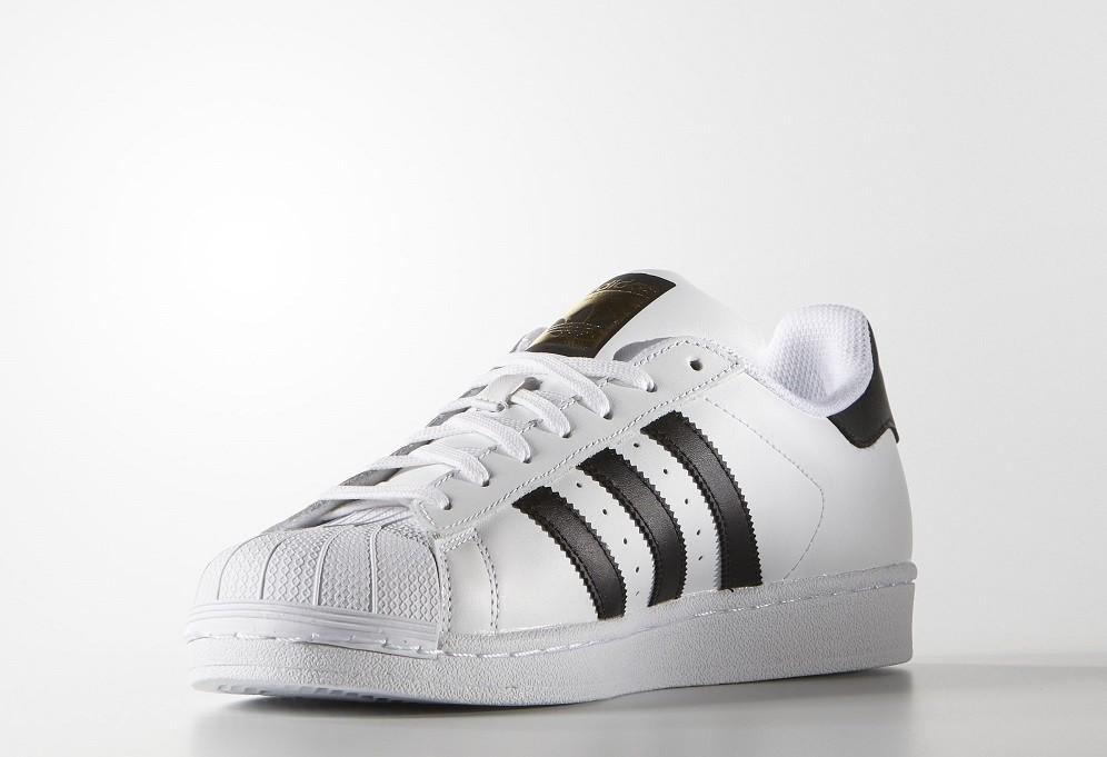 Decimal ellos Oscuro  9 modelos zapatillas que jamás, jamás pasarán de moda