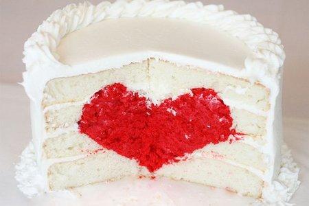 Tarta rellena de corazón para San Valentín