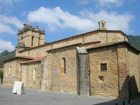 Iglesia De San Martin De Salas