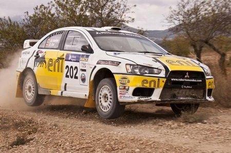 Oscar Fuertes campeón de España de Rallyes de Tierra