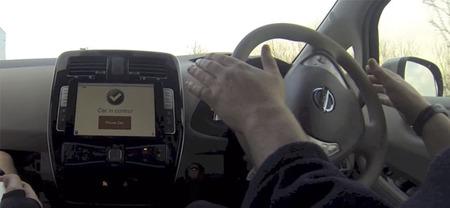Un Nissan Leaf autónomo que se controla desde un iPad