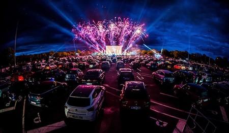 """Regresan los conciertos y la lucha libre con la """"nueva normalidad"""" en México: el detalle, es que será desde tu auto"""