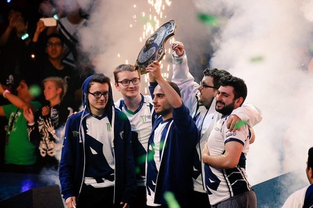 La historia de cómo Team Liquid llegó y ganó la gran final de The International 7