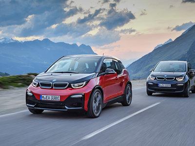 BMW llama a revisión a todos los i3 en Estados Unidos: las conductoras se pueden lesionar al ir sin cinturón