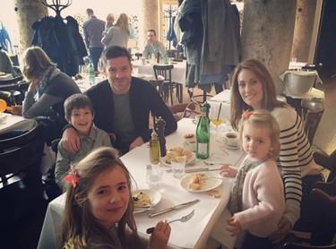 Xabi Alonso y sus 34 más familiares