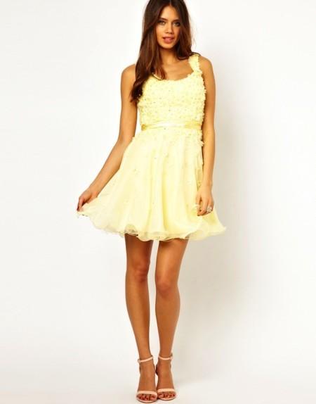 493fd72e6 Los vestidos más delicados y románticos para tu graduación