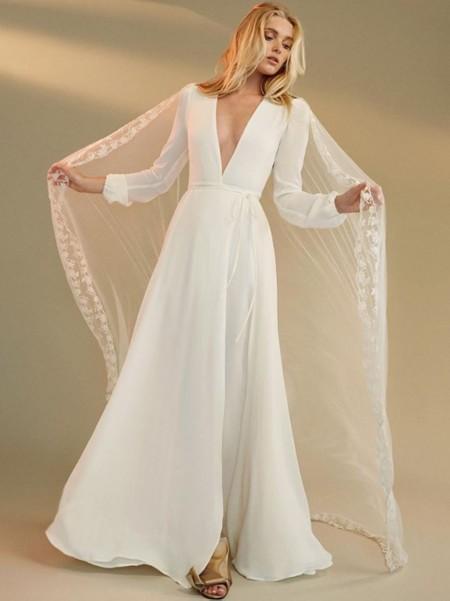 reformation, la solución para novias sin vestido de boda e invitadas